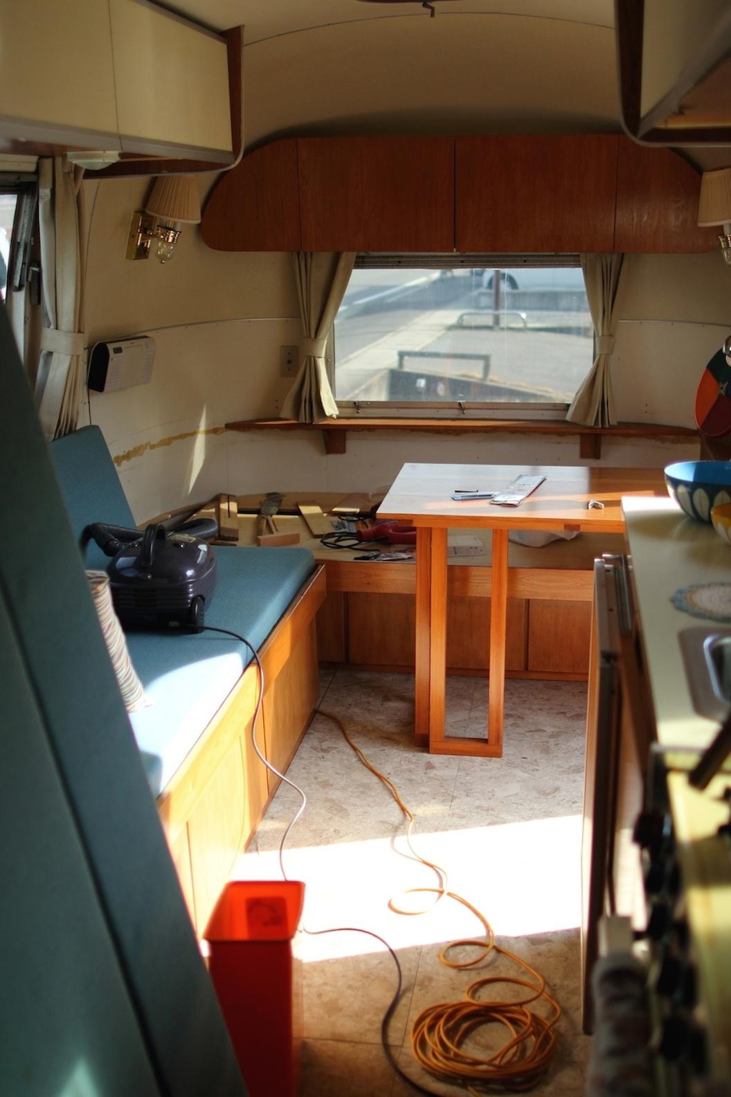 Airstream エアストリーム_d0081605_16572933.jpg