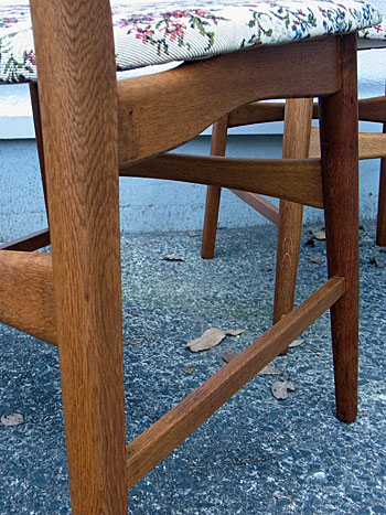 chair_c0139773_14553582.jpg