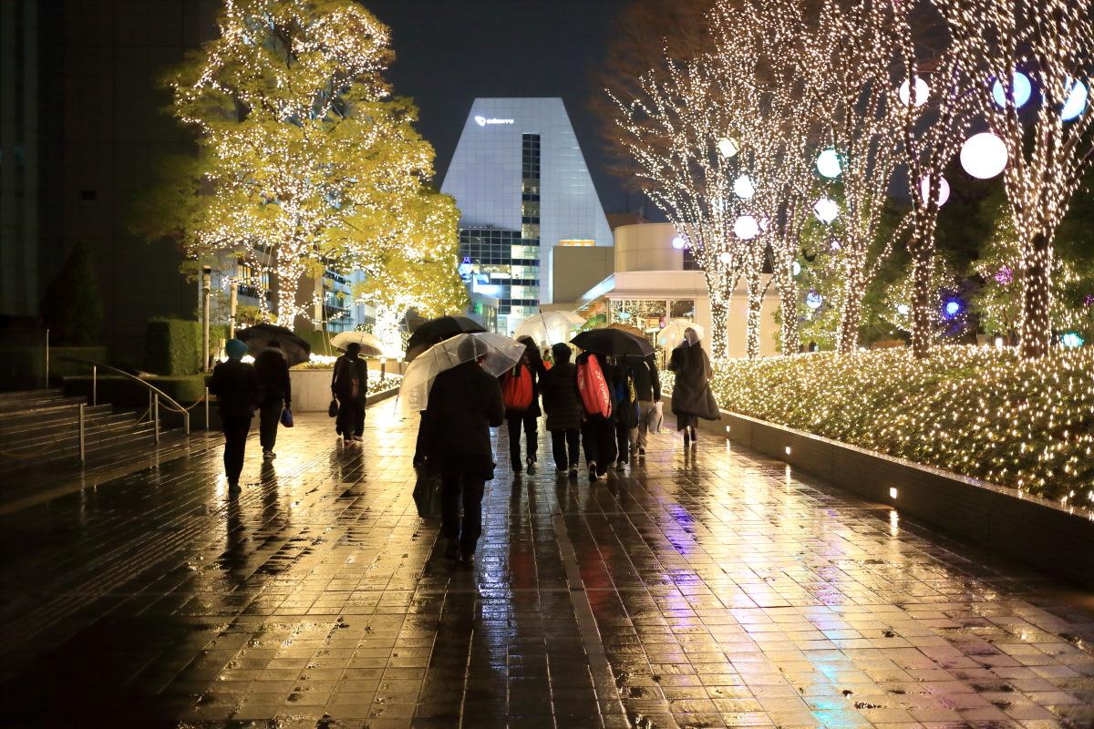 新宿  雨のかえり道_b0061717_1182658.jpg