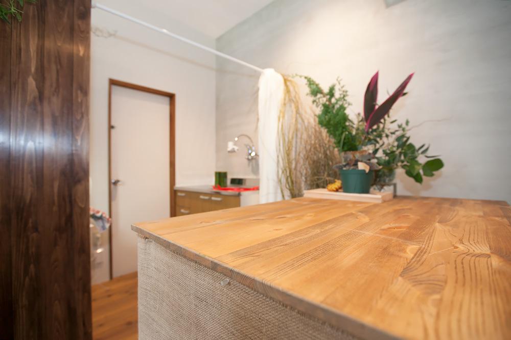 事務所改装で、レトロ新しい花屋さんに! -後編-_a0163962_14595790.jpg