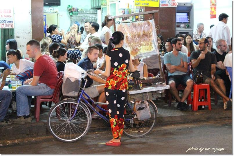 市場、サイゴンタワー、ナイトマーケットと盛り沢山なぶらり町歩き♪@ホーチミン市_b0214764_18421720.jpg