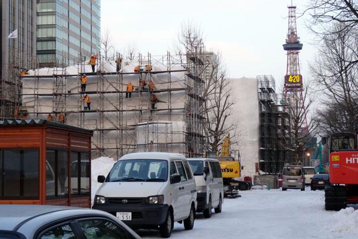 今年の札幌は雪が多い_b0145296_1726164.jpg