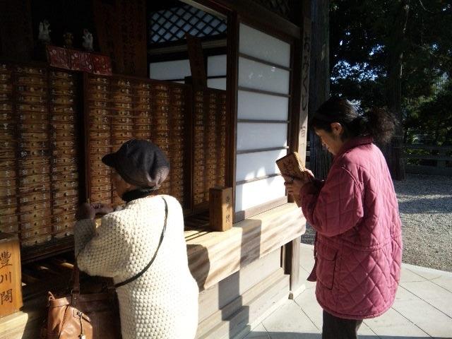豊川稲荷のパワースポット、きつね塚へ行きました♪_c0316026_16392783.jpg