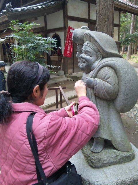 豊川稲荷のパワースポット、きつね塚へ行きました♪_c0316026_16405047.jpg