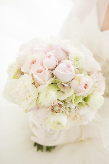 「私は、大喜びでした」 お花直しの 二つのブーケ ホテルマンハッタン様へ_a0042928_5435558.jpg