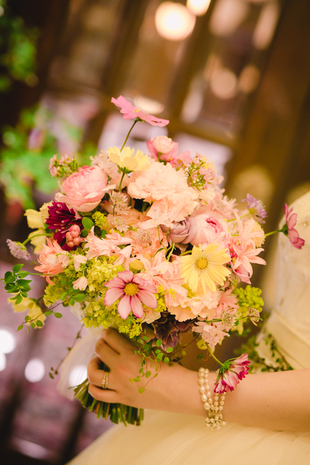 「私は、大喜びでした」 お花直しの 二つのブーケ ホテルマンハッタン様へ_a0042928_552759.jpg