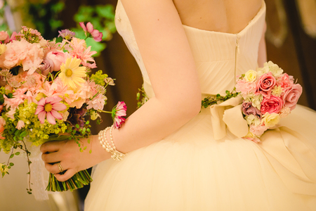 「私は、大喜びでした」 お花直しの 二つのブーケ ホテルマンハッタン様へ_a0042928_610093.jpg
