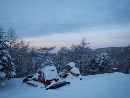 雪降りの朝_e0120896_08020300.jpg
