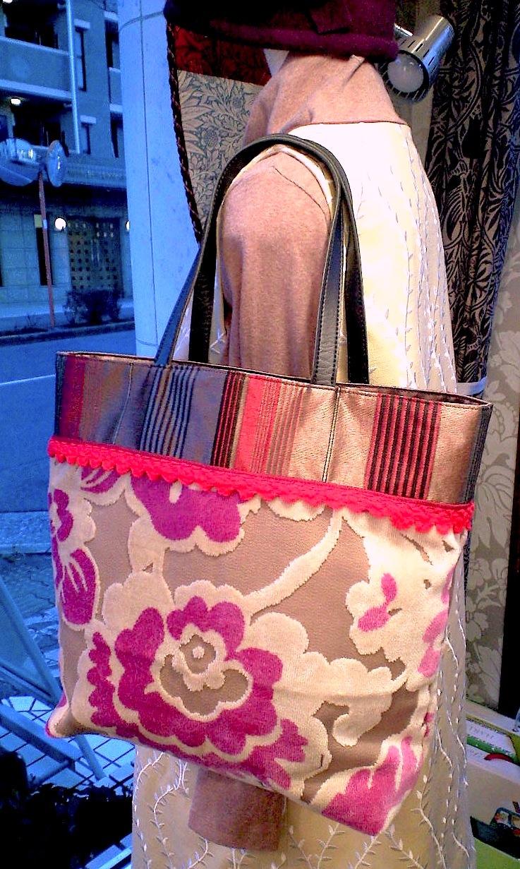 花柄ベルベットのバッグ『アイフィンガー』_c0157866_17412990.jpg