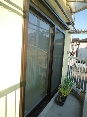 結露がすごかったベランダの窓が リモデルウィンドウで~☆_e0123286_19151477.jpg