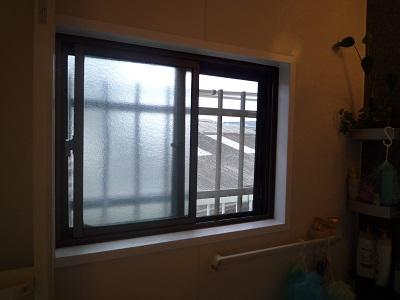 結露がすごかったベランダの窓が リモデルウィンドウで~☆_e0123286_192386.jpg