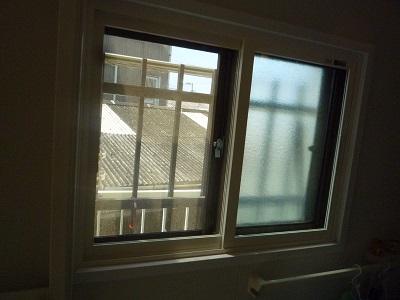 結露がすごかったベランダの窓が リモデルウィンドウで~☆_e0123286_19252720.jpg
