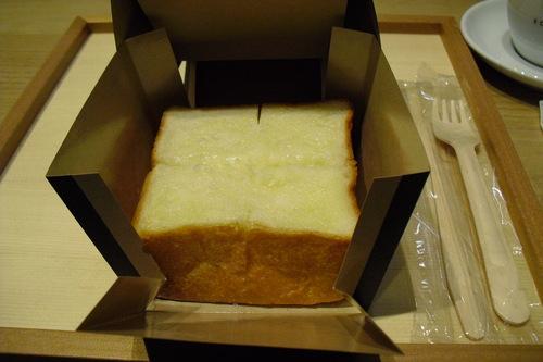 虎の門コーヒー 『発酵バタートースト』_a0326295_203969.jpg