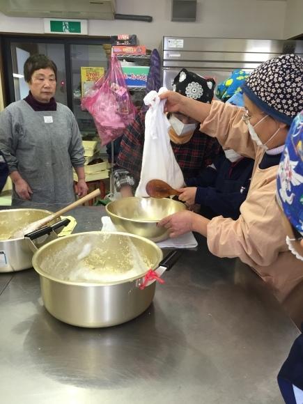 『大豆の加工の体験してみたよ!!』南中山小学校3年生の皆さん_e0061225_16252695.jpg