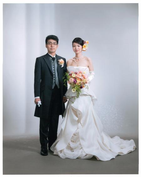 新郎新婦様からのメール ホテルメトロポリタンエドモント様へ vera wangの花嫁さまへ 原点_a0042928_21125991.jpg