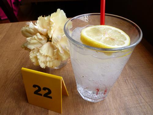 【閉店】PIZZA NAPOLETANO CAFE(ピッツア ナポリターノ カフェ) 東池袋店_c0152767_21392660.jpg