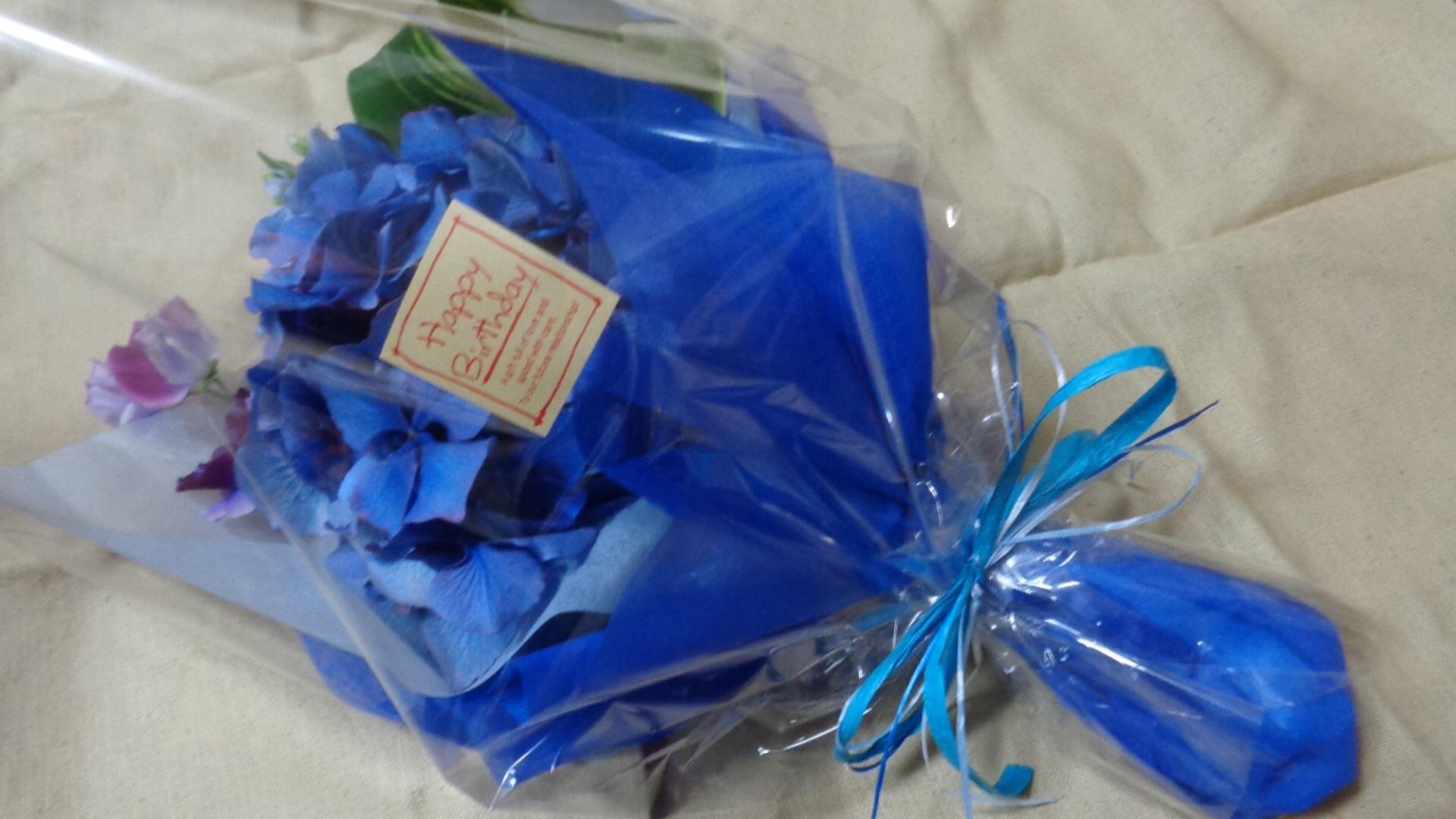 青い花束_a0025572_23542911.jpg