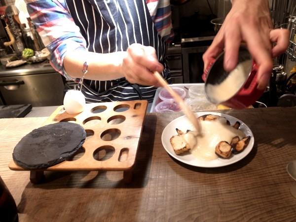 自由で刺激的な楽しい料理にひかれて、代沢のsalmon & troutへ その1_e0152073_8563693.jpg