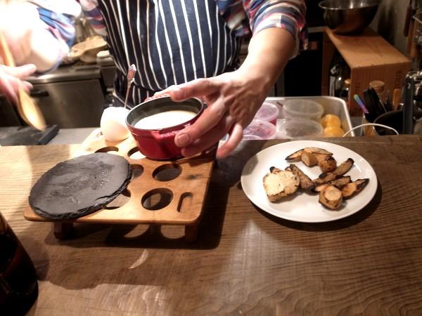 自由で刺激的な楽しい料理にひかれて、代沢のsalmon & troutへ その1_e0152073_8563953.jpg