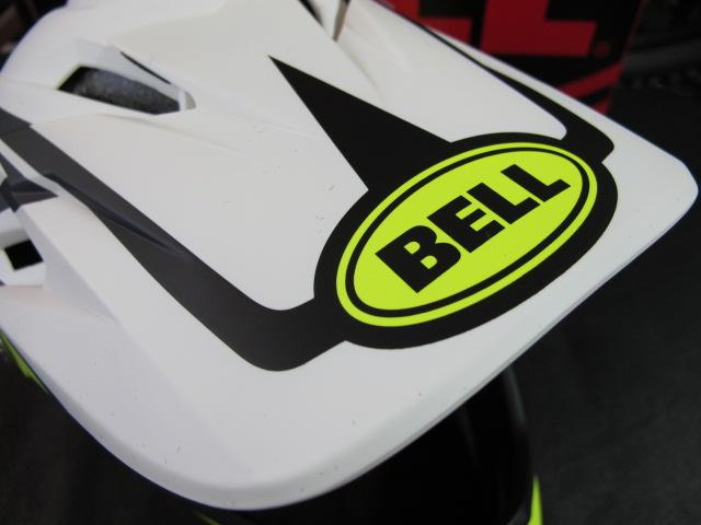 BELL_f0235374_1624621.jpg