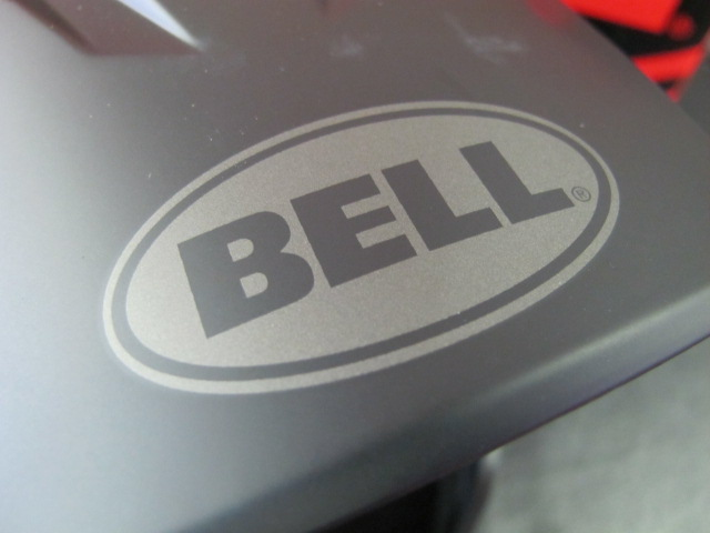 BELL_f0235374_1653072.jpg