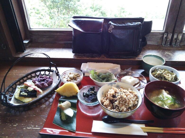山の茶屋・楽水_d0319812_1437190.jpg