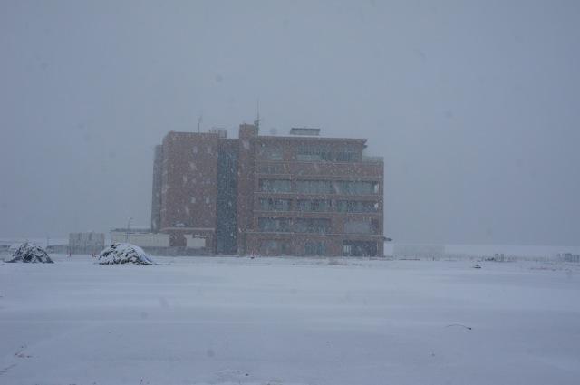 雪の港_f0143119_2243111.jpg