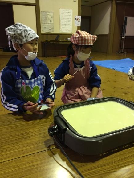 『大豆の加工してみたよ!!』服間小学校3年生の皆さん_e0061225_11541524.jpg