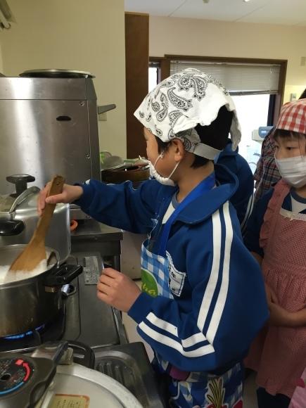 『大豆の加工してみたよ!!』服間小学校3年生の皆さん_e0061225_11554993.jpg