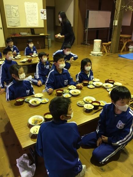 『大豆の加工してみたよ!!』服間小学校3年生の皆さん_e0061225_12010834.jpg