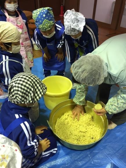 『大豆の加工してみたよ!!』服間小学校3年生の皆さん_e0061225_13053238.jpg