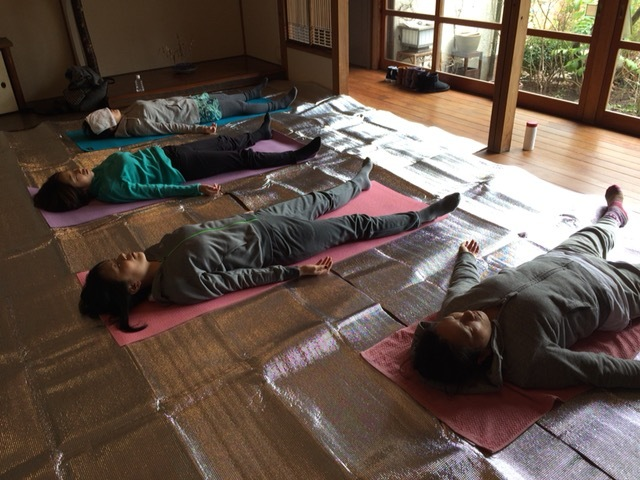mayu yoga@鎌倉 2月Lessonのお知らせ_a0267845_01545953.jpg