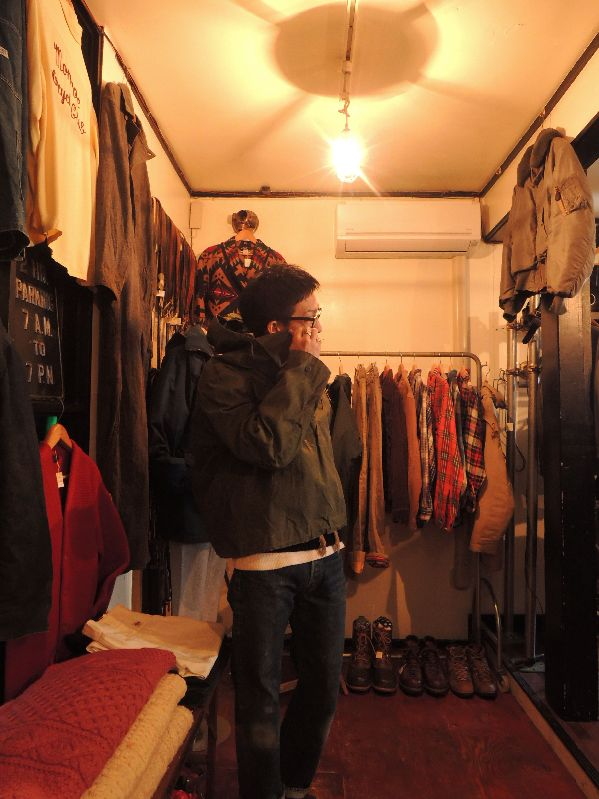 40S~ U.S.NAVY WET WEATHER PARKA--RECOMMEND--_c0176867_15341754.jpg
