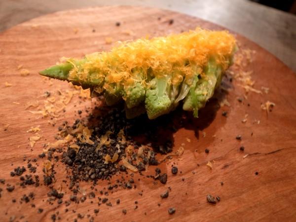 代沢「Salmon & Trout」その2 自由な料理と、新しい飲食のありかたについて。_e0152073_1214425.jpg