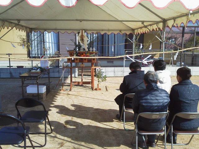 地鎮祭 行われました・・!_e0064493_17455172.jpg