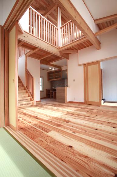 F様邸「峰浜外林の家」完成内覧会、 開催中です。_f0150893_18130482.jpg