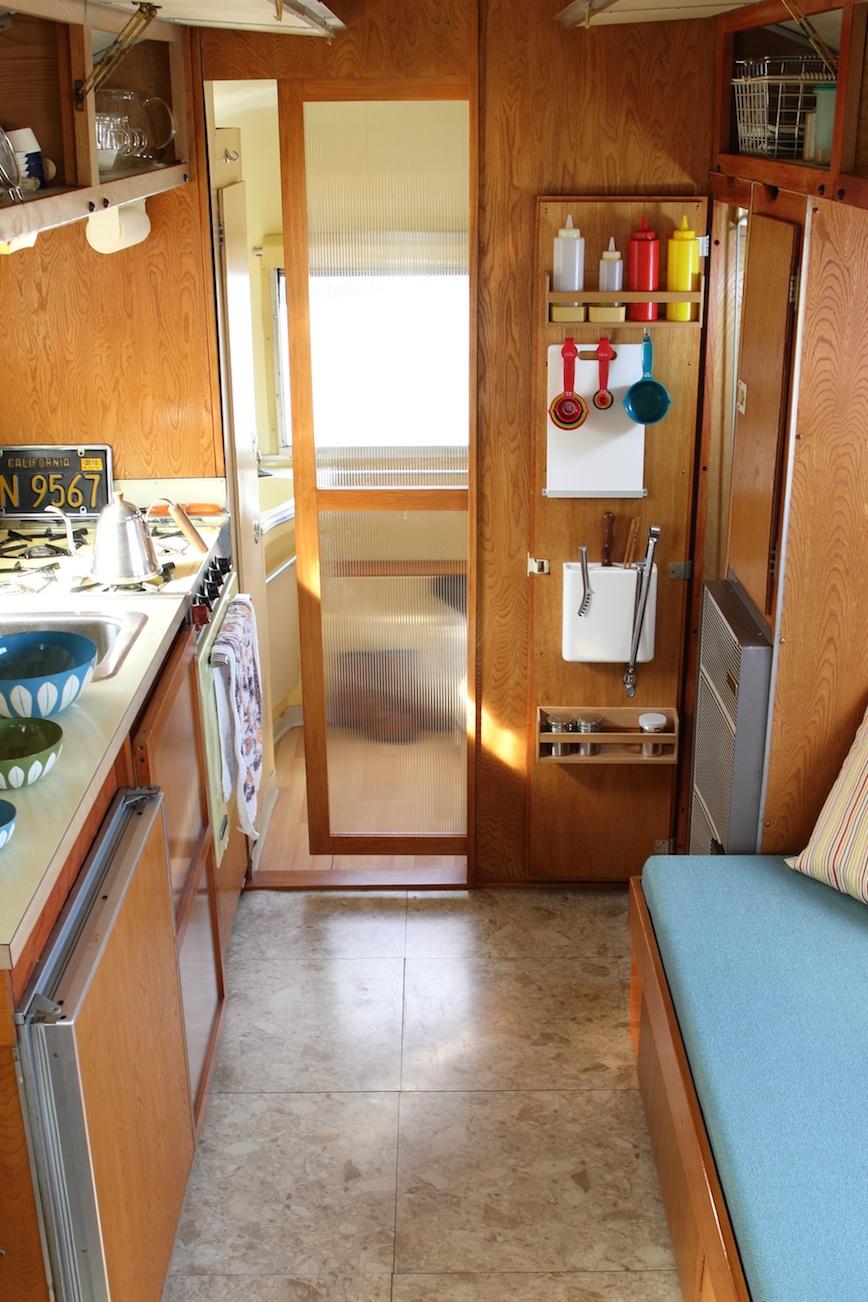 Airstream エアストリーム_d0081605_1734282.jpg