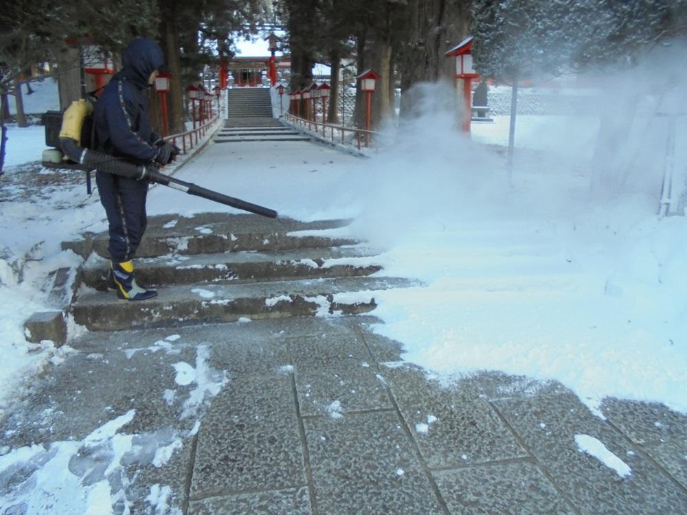 雪降り_c0111229_17551099.jpg