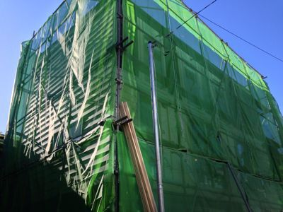 外壁の仕上げ施工中_f0087202_22385680.jpg