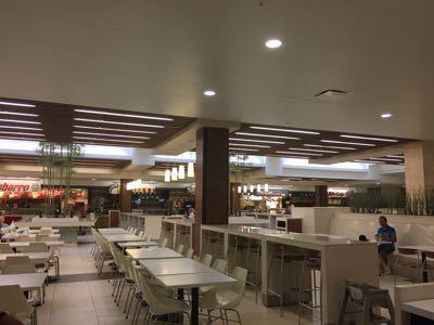 14〜15年末年始ハワイ 9★改装されたマカイマーケットで朝食_d0285416_22475323.jpg