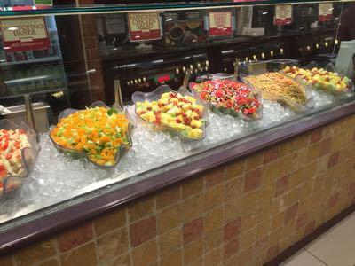 14〜15年末年始ハワイ 9★改装されたマカイマーケットで朝食_d0285416_2247545.jpg