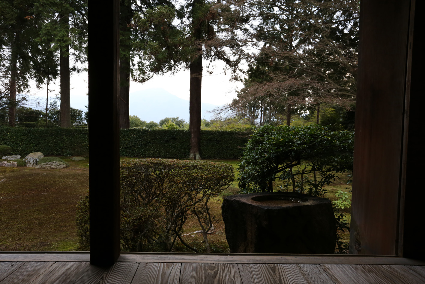 円通寺 借景 2014_e0127948_16654100.jpg