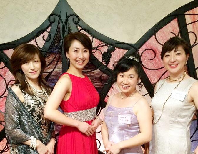 河北新報12月、女性の社会進出について_a0062869_20061323.jpg