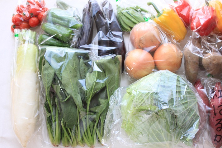 ハピベジさんの「イケメン熊本野菜人の厳選野菜の贈り物」をご紹介します♪_a0154192_1629454.jpg