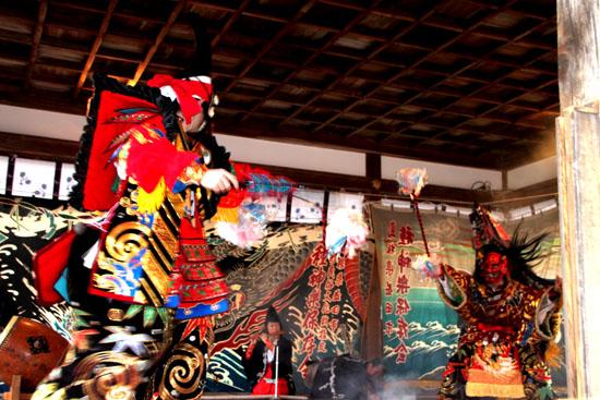 15節分祭3 松尾大社 石見神楽_e0048413_2045176.jpg