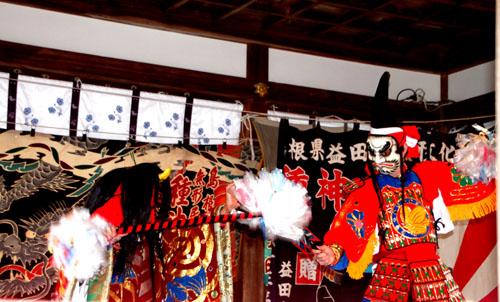15節分祭3 松尾大社 石見神楽_e0048413_2051373.jpg