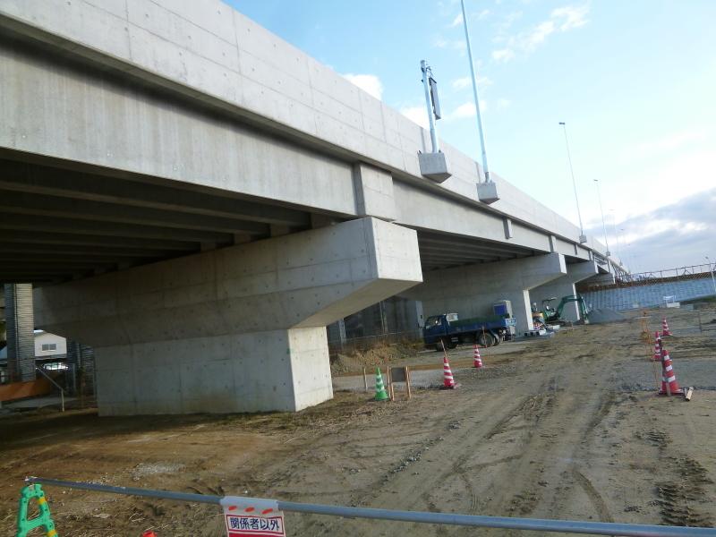 上部工(足守川の中撫川地区)の完成時期が近づいています。_c0326333_07383005.jpg