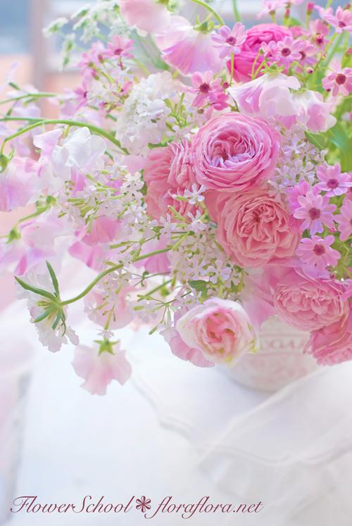 2月になりました 早春ピンクのアレンジメント 東京目黒不動前フローラフローラ花の教室1月のレッスンから_a0115684_02450706.jpg