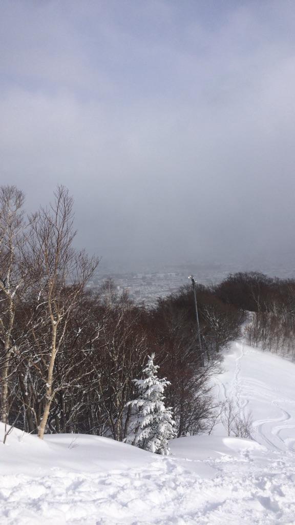 暴風雪の中でのスノートレイルin藻岩山_d0198793_14552251.jpg