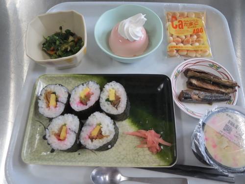 巻き寿司_a0158095_1430743.jpg
